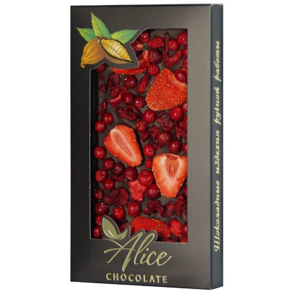http://alice-chocolate.ru/wp-content/uploads/2018/05/Gorkij-s-klubnikoj-vishnej-i-brusnikoj.jpg